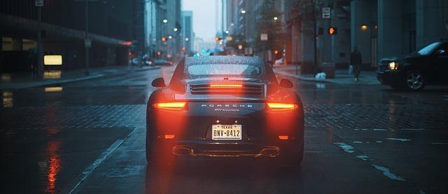 Porsche ve městě