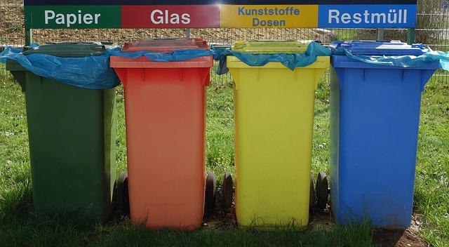 kontejnery na třídění odpadků